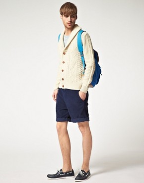 Imagen 4 de Crdigan con cuello esmoquin de punto de aran de River Island