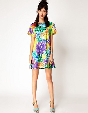 Image 4 ofHouse of Holland Tee Dress in PomPom Floral