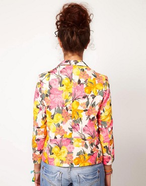 Image 2 ofRiver Island Floral Print Blazer