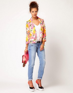 Image 4 ofRiver Island Floral Print Blazer