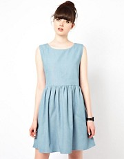 The WhitePepper Sleeveless Smock Dress in Denim