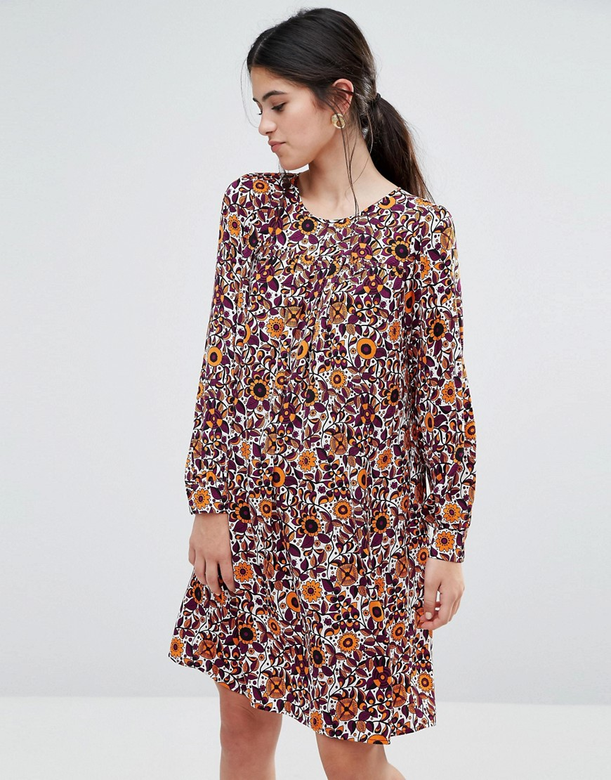 Traffic People Smock Dress In 70s Floral Print - White