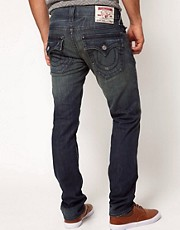 True Religion - Zach - Jeans slim fit effetto consumato scuro con tasche con patta