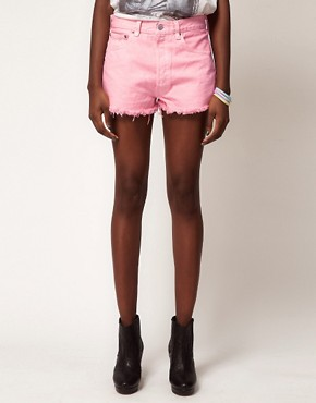 Image 4 ofReclaimed Vintage Levi&#39;s Shorts with High Waist In Pink