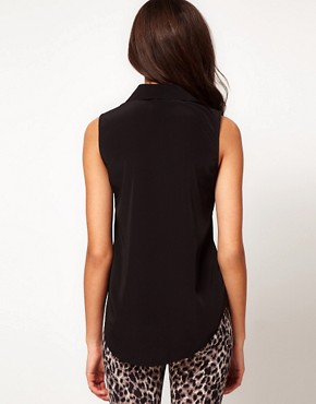 Image 2 ofRiver Island Sleeveless Pocket Shirt