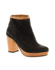 Minimarket Ankle Boot