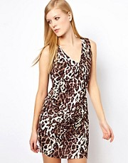 Vestido de punto con estampado de leopardo de Karen Millen