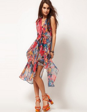 Image 4 ofASOS Kaftan Dress in Spot &amp; Print