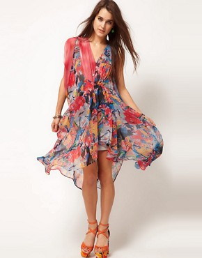 Image 1 ofASOS Kaftan Dress in Spot &amp; Print
