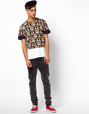 Image 4 of Kidda Christopher Shannon T-Shirt with Crest Print