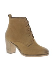 Oasis Desert Boot with Heel