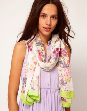 Image 1 ofRiver Island Floral Bouquet Print Scarf