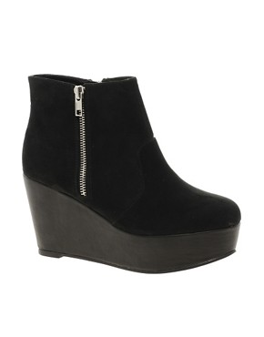 Image 1 ofRiver Island Zip Side Flatform Boots