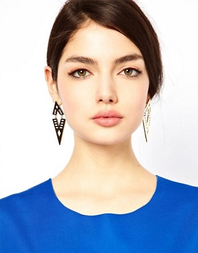 Image 2 ofASOS Articulated Arrow Earring