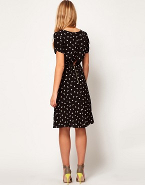 Image 2 ofASOS Midi Dress in Daisy Print