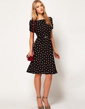 Image 4 ofASOS Midi Dress in Daisy Print