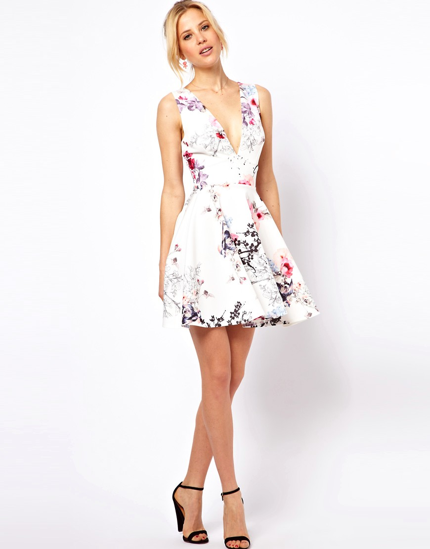 Asos asos floral colored skater dress at asos for Robe fleurie asos
