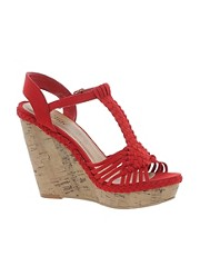 New Look &ndash; Fudge &ndash; Keilabsatzsandalen mit Hkeldesign in Rot