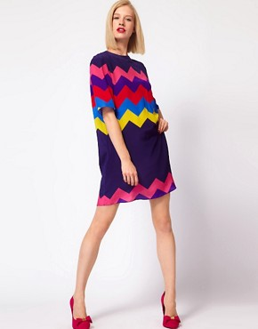 Image 4 ofHouse of Holland Oversized Tee Dress in Silk Zig Zag