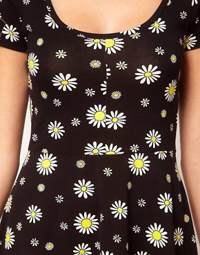 Image 3 of Vero Moda Daisy Print Dress