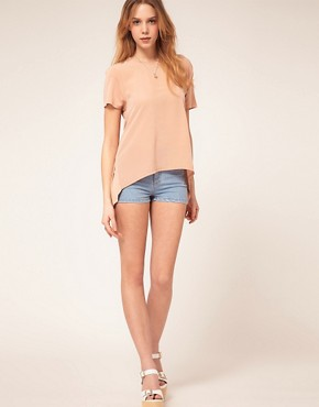 Bild 4 von ASOS PETITE  Exklusives T-Shirt mit gewebter Vorderseite