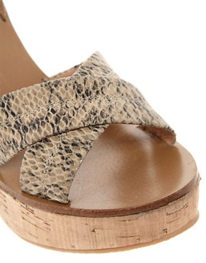 Image 3 ofDiavolina Dixie Wedges