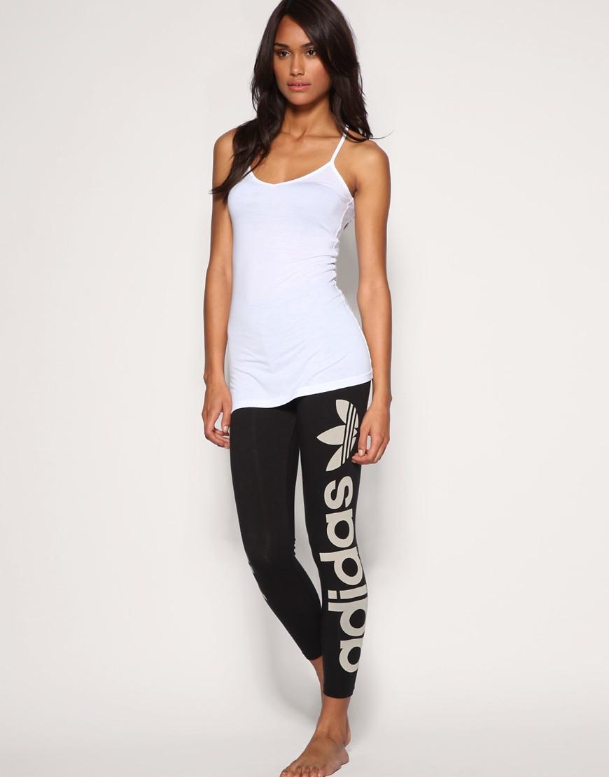 Adidas   Adidas U2013 Laces U2013 Leggings Mit Logo Bei ASOS