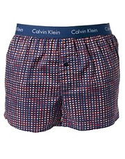Calvin Klein  Karierte, gewebte Boxershorts in schmaler Passform