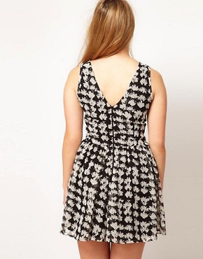 Image 2 ofASOS CURVE Exclusive Playsuit In Mono Geo Print