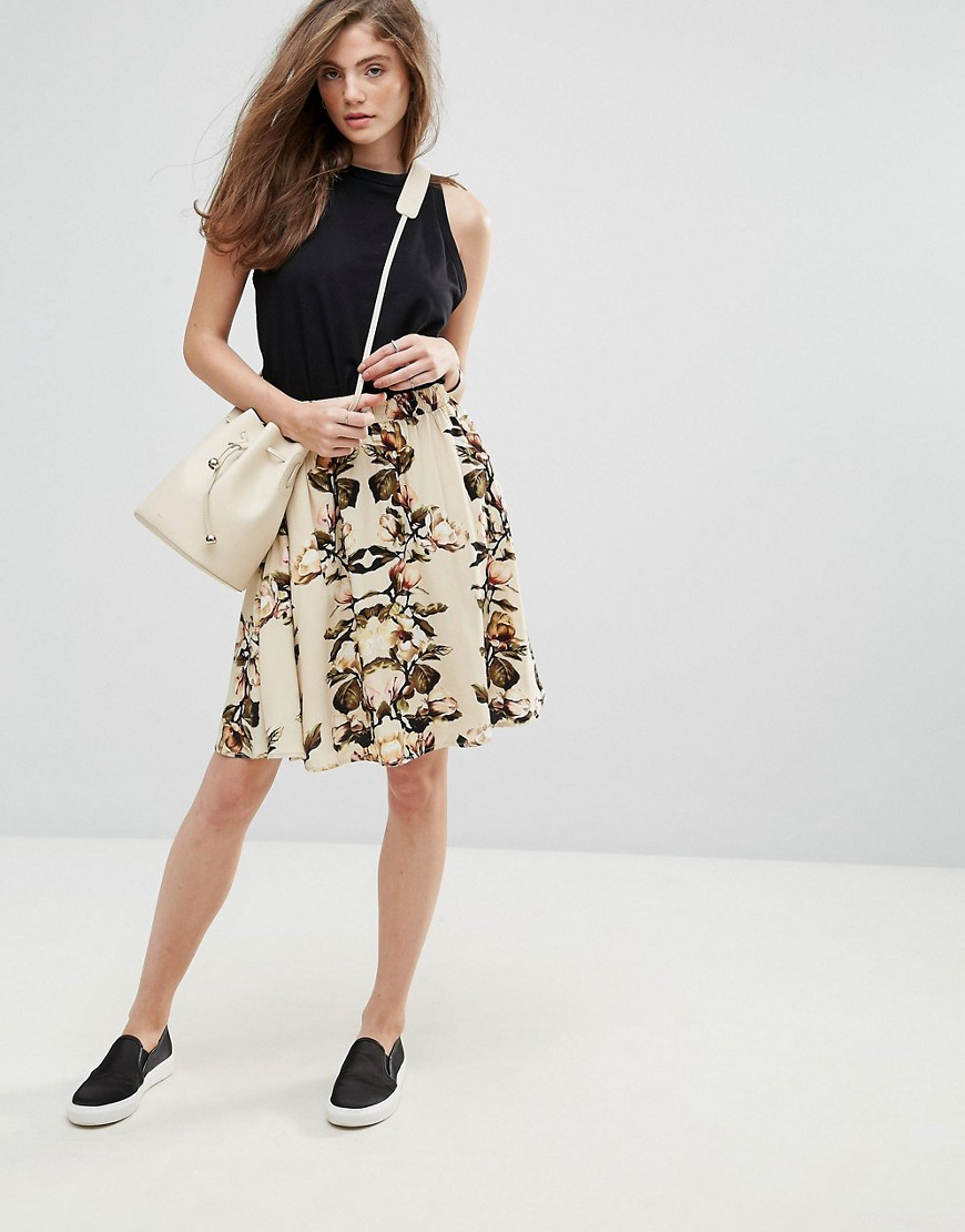 Gestuz Annabell Floral High Waisted Skirt - White rose print