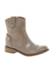 Juicy Couture Chiller Leather Boot