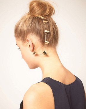 Image 1 ofASOS Gold Bunting Ear Cuff