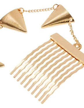 Image 2 ofASOS Gold Bunting Ear Cuff