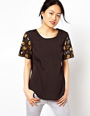 Vero Moda T-Shirt With Animal Print Sleeve