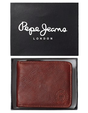 Image 3 ofPepe Wallet Aaron
