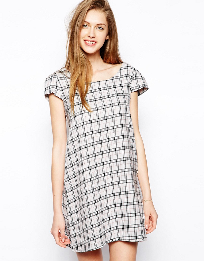 Love Check Shift Dress - White