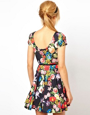 Image 2 ofASOS PETITE Exclusive Floral Print Skater Dress With Belt