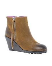 Fiona McGuinness Peek Wedge Leather Boot