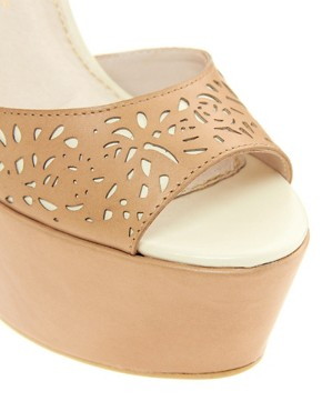 Image 3 ofKG Hydrangea Laser Cut Wedges