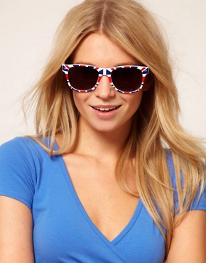 Image 3 ofASOS Union Jack retro sunglasses