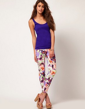 Image 4 ofRiver Island Large Floral Skinny Jean