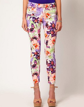 Image 1 ofRiver Island Large Floral Skinny Jean
