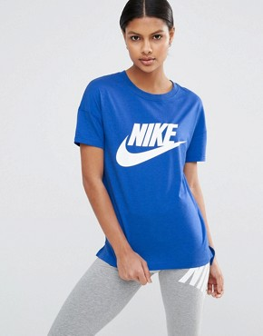 Nike Signal Short Sleeve T-Shirt With Large Logo