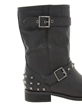 Image 2 ofNew Look Boisterous Studded Biker Boots