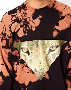 Image 3 ofReclaimed Vintage Sweat With Tie-Dye Tiger Eyes