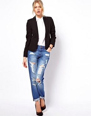 Image 4 ofASOS Cropped Tailored Blazer