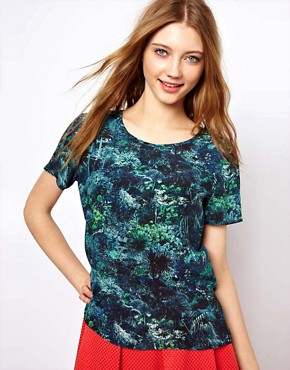 Image 1 ofLulu &amp; Co Silk Tee in Palm Print