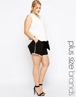 Carmakoma Color Block Short With Lace Hem