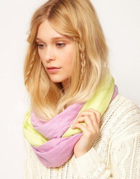 Image 1 ofPieces Jay Tube Scarf