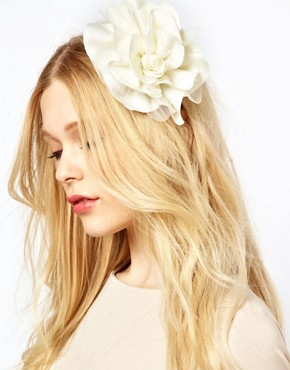 Image 1 ofOrelia Oversize Floral Hair Band